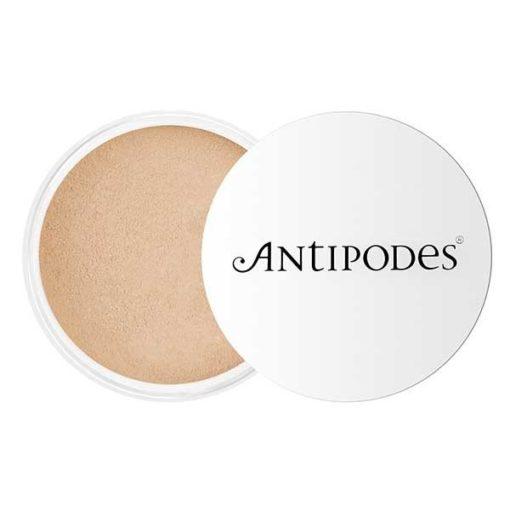 Antipodes Mineral Foundation Medium Beige 03        11g